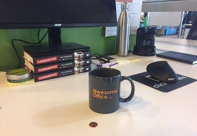 21 Hilarious Office Pranks That Hopefully Wont Get You Fired