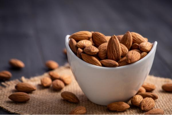 Healthy-Protein-Snacks-Almonds