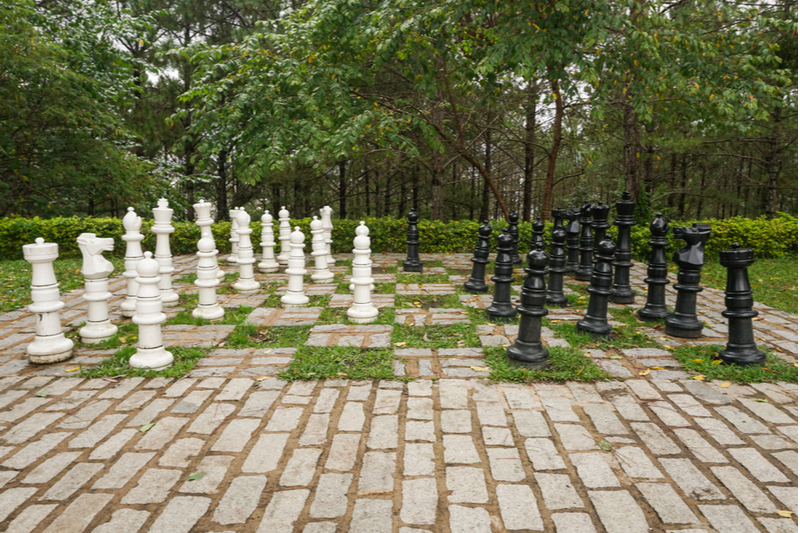 outdoor-chess