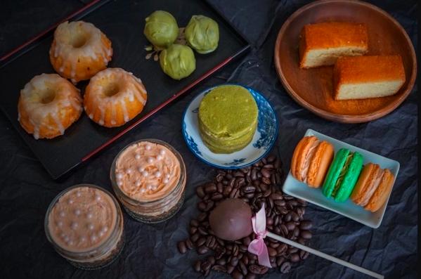 Phivi Artisanal Desserts Box