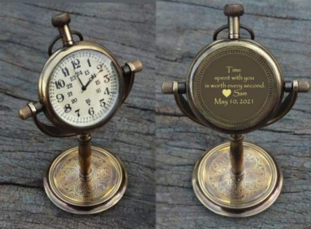 Personalized-table-clock