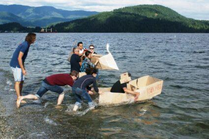 cardboard-boat-building-challenge-9